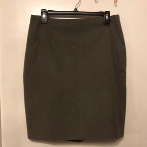 The Limited perfect work skirt !